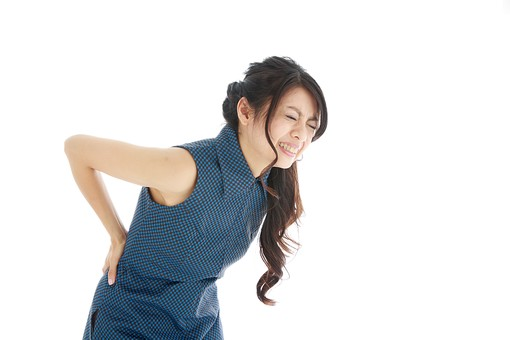 ぎっくり腰、1回の施術で身体が真っすぐになり歩けるようになりました。
